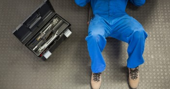 Six worst DIY car repair jobs