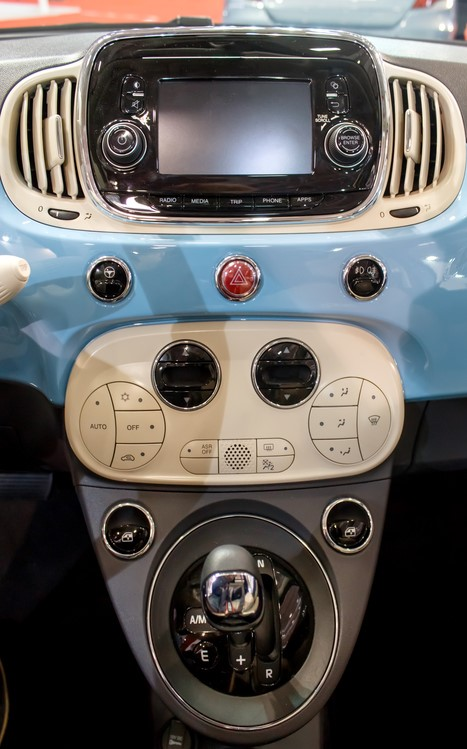 in-car-features-image