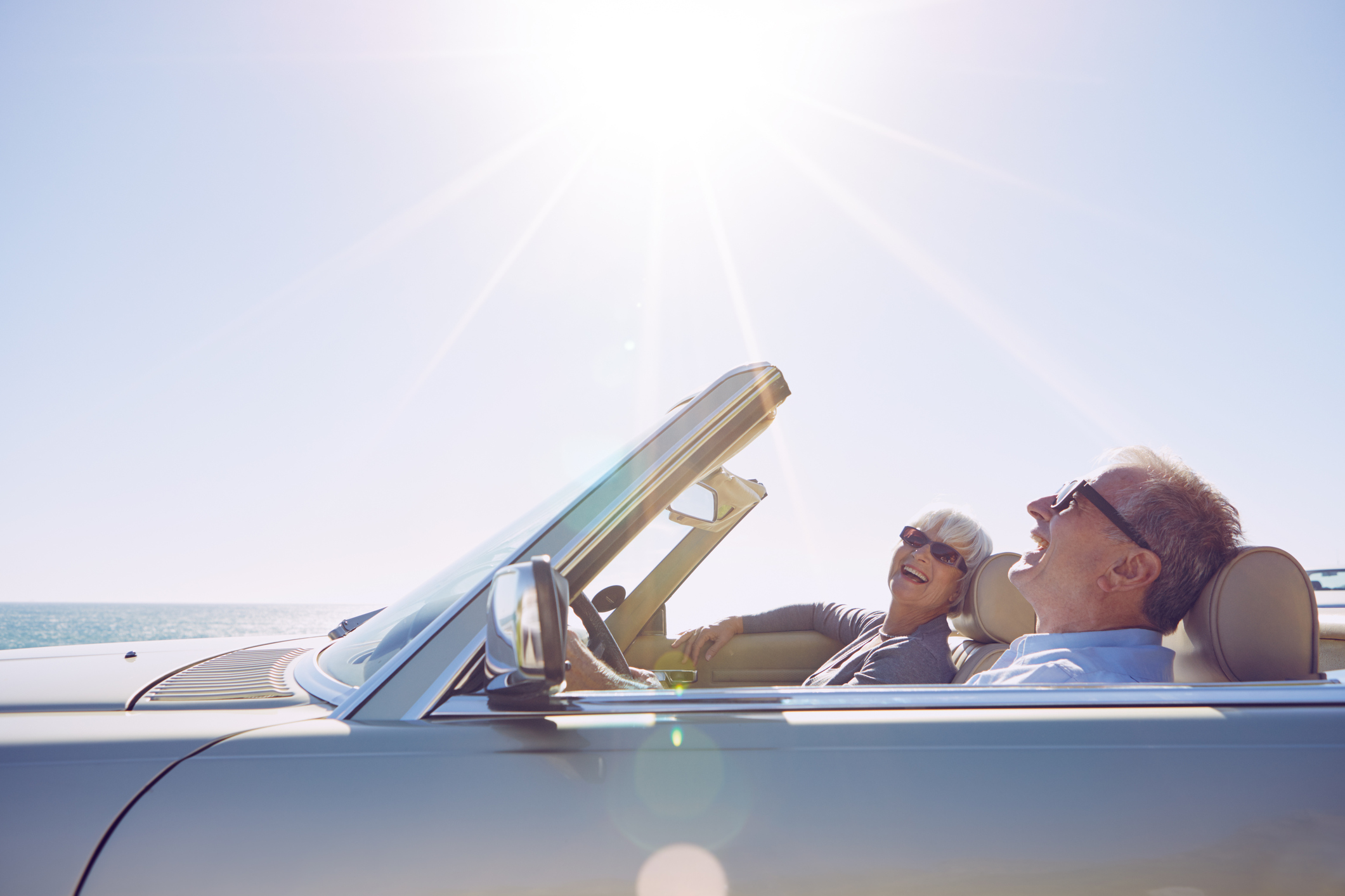 Shot of a happy couple off on a roadtrip togetherhttp://195.154.178.81/DATA/i_collage/pu/shoots/805931.jpg