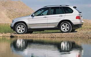 picture of bmw x5 in profile