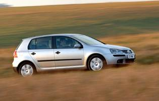 picture of volkswagen golf in action