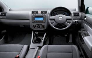 picture of volkswagen golf fascia