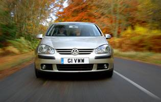 picture of volkswagen golf from the front
