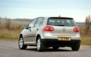picture of rear of volkswagen golf