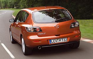 picture of rear of mazda 3