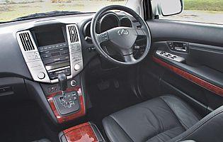picture of lexus rx300 interior