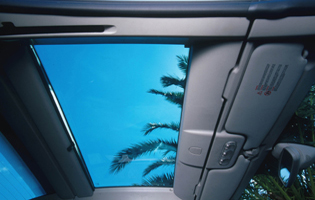 picture of megane cc roof