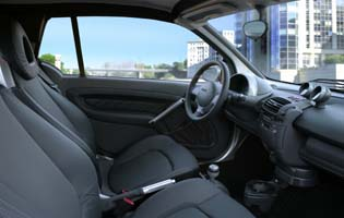 picture of smart fortwo interior