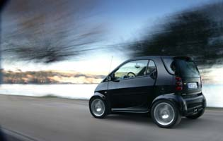 picture of smart fortwo from the rear