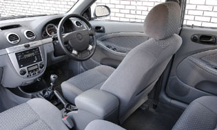 picture of daewoo lacetti interior