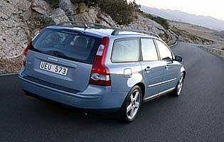 picture of volvo v50 from the rear