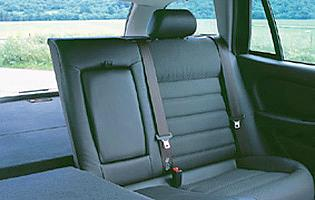 picture of x type estate rear seats