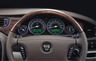 picture of the jaguar s-type interior