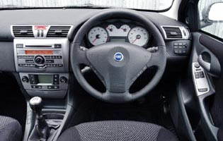 picture of fiat stilo interior