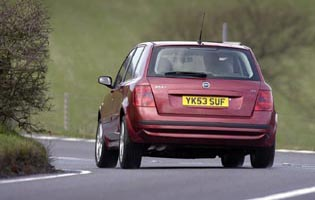 picture of fiat stilo from the rear
