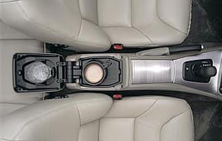 picture of Volvo V70 interior