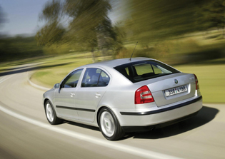 picture of make skoda octavia the rear