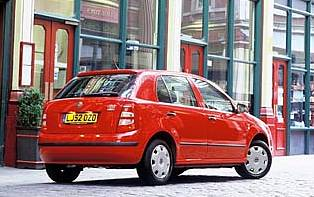 picture of skoda fabia from the rear