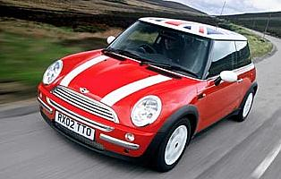 picture of mini cooper from the front