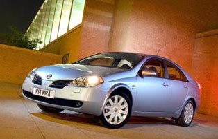 picture of nissan primera from the front