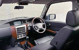 picture of nissan patrol interior