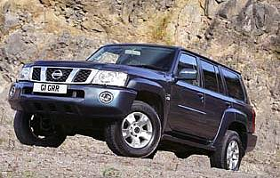 picture of nissan patrol from the front