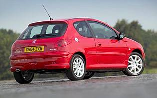 picture of peugeot 206 from the rear