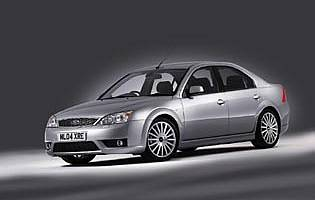 picture of ford mondeo from the front