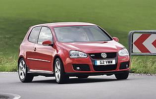 Car Reviews Volkswagen Golf Gti 2 0t 200ps 5 Dr The Aa