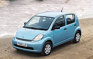 Car Reviews Daihatsu Sirion 1 3 Se The Aa