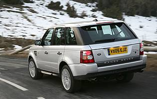 picture of range rover from the rear