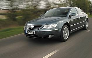 car reviews volkswagen phaeton   tdi motion  aa