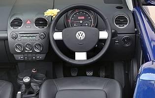 car reviews volkswagen beetle cabriolet 1 8t the aa. Black Bedroom Furniture Sets. Home Design Ideas