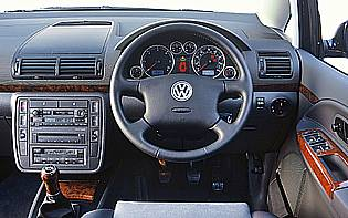 http://www.theaa.com/images/allaboutcars/testreports/2006005_vw_sharan_interior.jpg
