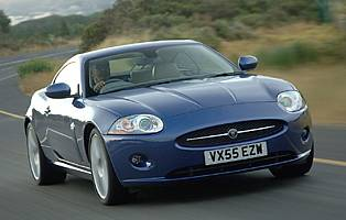 picture of jaguar xk from the front