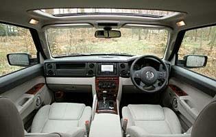 picture of commander interior
