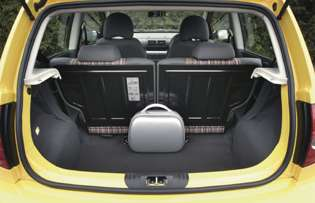Car Reviews Volkswagen Fox Urban Fox 1 2 The Aa