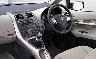 Toyota Auris 1.6 VVT-I T Spirit   AA