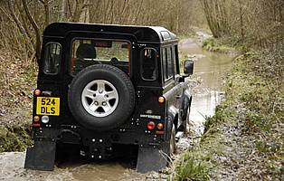 Car Reviews Land Rover Defender 90 The Aa