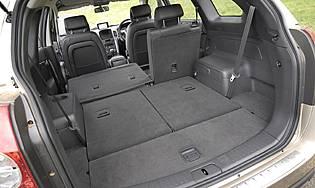 car reviews chevrolet captiva 2 0 lt seven seat the aa. Black Bedroom Furniture Sets. Home Design Ideas
