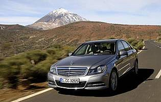 Car Reviews: Mercedes-Benz C-Class C220 CDI SE saloon - The AA