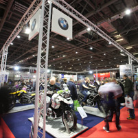 MCN Stand