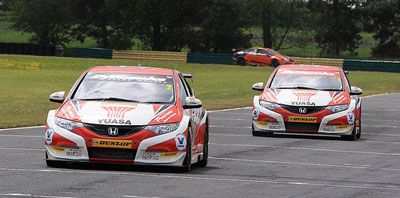 Honda Yuasa Racing at Croft