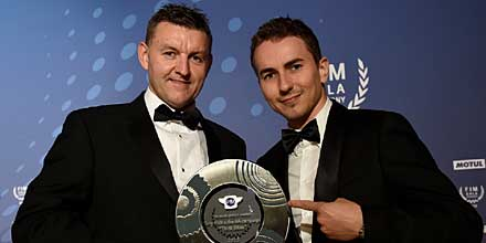 Tony Rich receives the FIM Road safety award from FIM MotoGP world champion Jorge Lorenzo