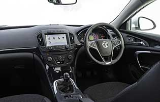 2013 vauxhall insignia 1.8 sri review