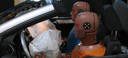 Hybrid III, EuroSID-II, BioRID-II and the child dummies Q1½ and Q3 are dedicated to discovering what happens to victims of serious crashes