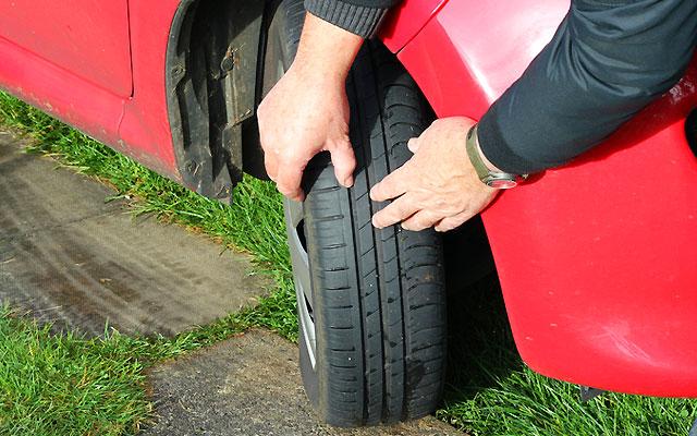 Tyre Law Aa