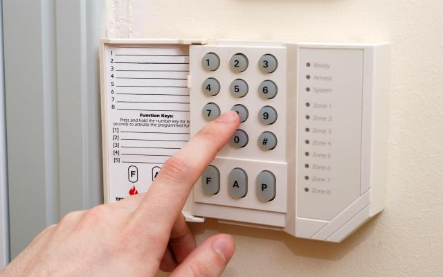 Burglar Alarm Cost >> Burglar Alarms And Security Systems Aa Insurance