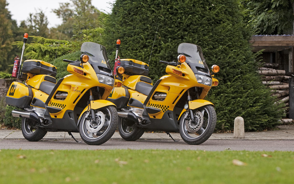 Aa honda pan european st 1100 1994 heritage vehicles 855x 535